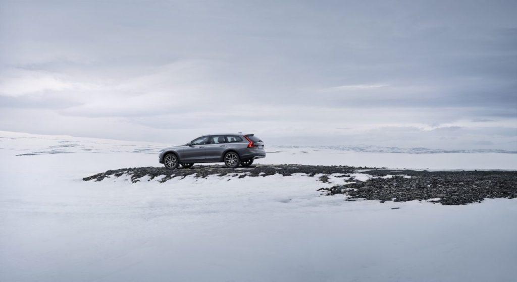 Volvo-V90-Cross-Country-1280x699