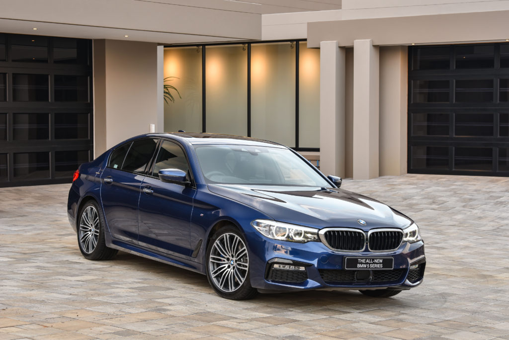 P90249933_highRes_the-all-new-bmw-5-se